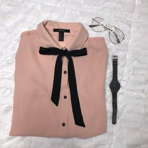 NWOT Forever 21 Blush Pink Dress Shirt
